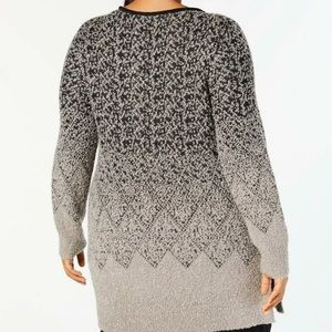 Style & Co Sweaters - Style & Co. 3X Black Gray Printed Tunic Sweater